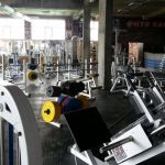 Недорогое покрытие ПлиткаПол из резиновых плит для тренажерного зала и фитнесклуба